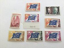 Timbres services France - Conseil Europe -  Lot de 8 timbres neufs et oblitérés