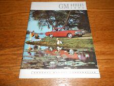 1960 GENERAL MOTORS ANNUAL REPORT / '61 GM BROCHURE / 1961 Cars Trucks & MORE