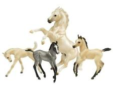 Breyer 1808 Cloud's Legend Traditional 1:9 scale palomino mustang stallion foals