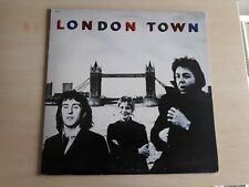 Wings – London Town ( Italian issue incl poster + ois ) lp