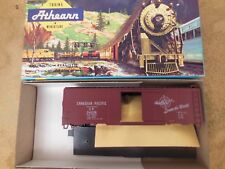 HO SCALE ATHEARN 5005 CANADIAN PACIFIC 40' BOX CAR KIT