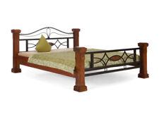 Doppelbett aus Holz zum Zusammenbauen