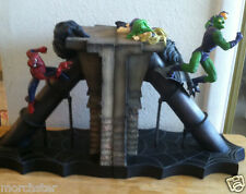 SPIDERMAN VS GREEN GOBLIN BOOKENDS STATUE 584/2500 DEATH OF GWEN STACY MARVEL