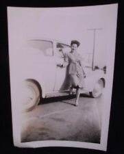 VINTAGE PICTURE OF GIRL & HER CAR NICE LEGS PHOTO PHOPTGRAPH