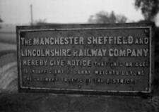 PHOTO  MANCHESTER SHEFFIELD & LINCOLNSHIRE RAILWAY  NOTICE AT KIVETON PARK IN 19