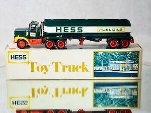 AMERADA USA Hong-Kong camion citerne HESS plastique 35 cm neuf en boite