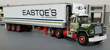 1/64 MACK R-MODEL EASTOES WITH 40FT TRI AXLE TRAILER DIECAST MADE BY FIRST GEAR
