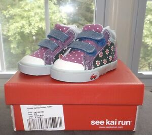 See Kai Run Baby Girls High Top Sneaker Green Floral Toddler Size 4 New in Box