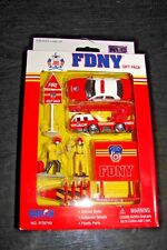 FDNY FIRE DEPARTMENT OF NEW YORK  GIFT PACK DARON NO. RT8740 BRAND NEW