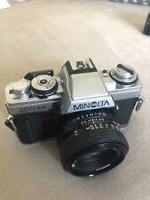 Minolta XG-M mit 1:1.7 50 mm MD Objektiv
