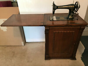 Vintage Franklin Sewing Machine Art Deco Look In Wood Cabinet W/ Rotary Pieces