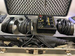 Novatron v600 photography 3 light kit Hard Case *UNTESTED* Professional Lighting