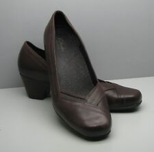 """Clarks Artisan Brown Leather SHOES Woman's 10 M 2"""" Heel Beautiful"""