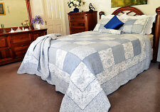 Quilts Coverlet King Size 245cm x 265cm Blue & White Inc 2 Pillowcases