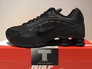 "Nike Shox R4 ""Triple Black"" ~ 104265 044 ~ Uk Size 7.5 ~ Euro 42"
