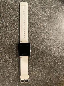 Garmin Vivoactive 1 White Smart Watch W/Black Leather Band - Fast Shipping!!!!