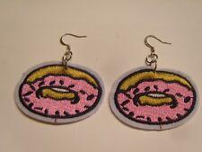 Ohrringe mit Rosa Donuts sowie Streusel aus Stoff Bügelbild Flicken Handgemacht