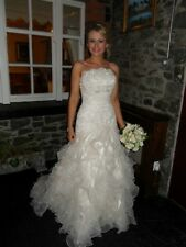 Beautiful Amanda Wyatt Madrid wedding dress with shrug, size 8, like new!!