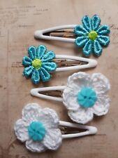 2 x SETS OF HAIR SLEEPIES TURQUOISE DAISY & WHITE FLOWER ON WHITE ENAMEL CLIP