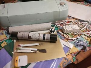 Used Circuit Cutting Machine bundle- includes vinyl, weeding tools, cutting mat