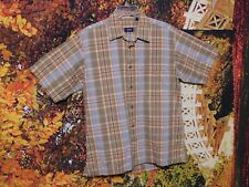 MEN'S SHORT SLEEVE PLAID BUTTON-UP SHIRT BY IZOD JEANS / SIZE M