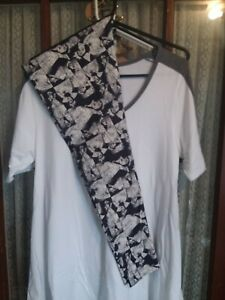 LuLaRoe BNWT TC Disney Leggings Evil Queen paired w/a Med Perfect t White & Grey