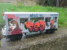LEGO SUBWAY TRAIN MOC GRAFFITI No 2 RED ONE