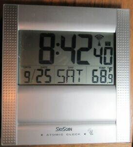 SKYSCAN ATOMIC CLOCK TESTED WORKING Silver