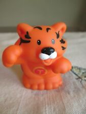 LITTLE PEOPLE   Fisher Price  Alphabet  T Tiger   Zoo  animals