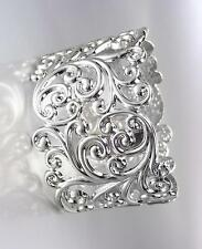 GORGEOUS Designer Silver Filigree Texture Oval Hinged Bangle Bracelet