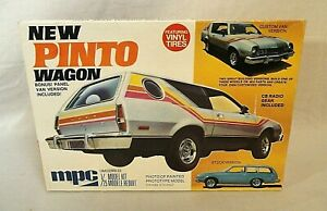LOOK! MPC 1977 FORD PINTO STATION WAGON #7728 ORIGINAL ISSUE 1/25 MODEL KIT!