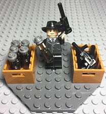Lego MOC Gangster Mob Al Capone Mini Figure Tommy Guns,alcohol Bottles Display