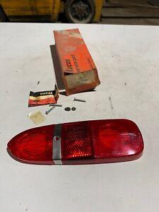 Tail Lens Red/Red Fits Triumph TR4 1961-65 & TR250 1968-69 Lucas L669   54578034