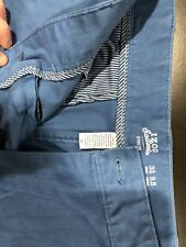 Izod Men's Shorts. Size 32. New. Blue.