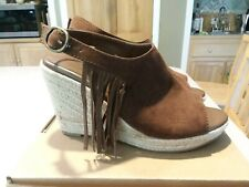 American Eagle Outfitters Brown Suede Fringed open toe shoes/sandals, size 8