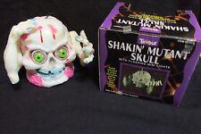 RARE 1990'S HALLOWEEN SKULL SHAKIN MUTANT BOGLINS LOOKALIKE KO WORKS ORIG BOX!