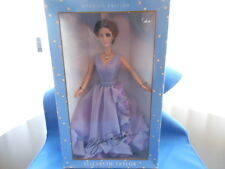 """ELIZABETH TAYLOR SPECIAL EDITION """"WHITE DIAMONDS"""" DOLL NIB WITH CERTIFICATE"""