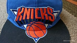 New York Knicks Mitchell & Ness NBA Shark Tooth Snapback Hat Cap