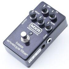 MXR M82 Bass Envelope Filter  Bass Guitar Effects Pedal P-07225