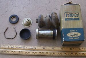 1957 - 1960 Ford F 250 350 Master Cylinder kit B9D 2004 A 58 59