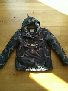 Napapijri Winterjacke  Jacke Gr S Camouflage Neu