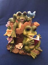 Turtle King Corp. Frogs Figurine Vase
