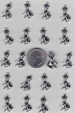 LOT OF 20 METAL SILVER TONE DALMATIAN SPOTTED DOG  CHARMS,   C18 -  U.S. SELLER.