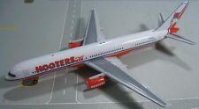Gemini Jets 1:400 HootersAir 757-200 N750WL
