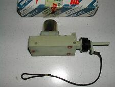 Riduttore chiusura centralizzata tappo carburante Lancia Thema
