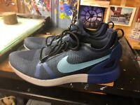 Nike Duel Racer Black/Cerulean/Obsidian Size US 13 Men's 918228 005 Running Shoe