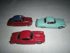 DINKY TOYS TROIS VOITURES 1/43
