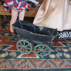 Doll house ANTIQUE BABY CARRIAGE Metal Penny Toy Maybe Simon et Rivollet France