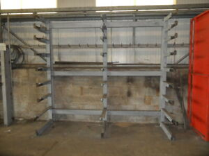 CANTILEVER RACKING. HEAVY DUTY RACKING. 2.5M HIGH X 2.8M WIDE. WITH FIXED ARMS.