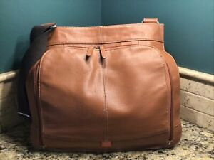 Pacapod Crossbody Leather Diaper Bag LOTS OF ACCESSORIES Purse